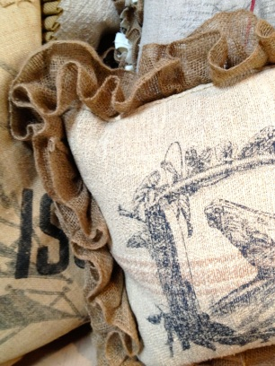 Burlap pillow edging