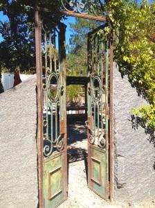 coastal/gates
