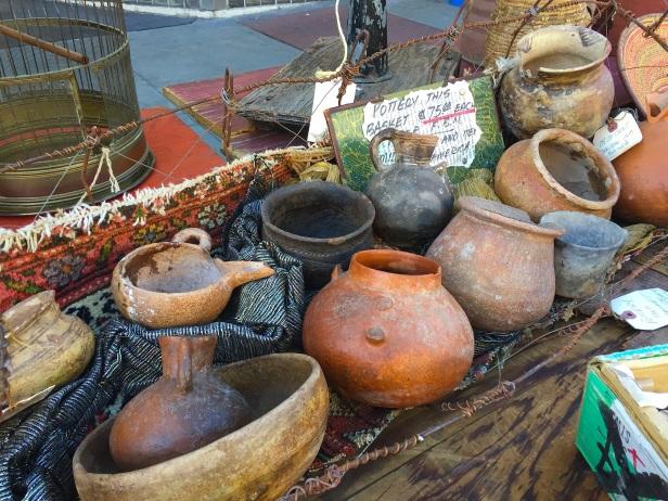 coastal:urns